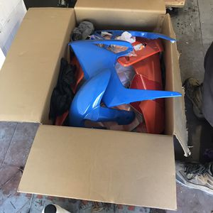 New Fairings For A 05 Gxr 1000 for Sale in Fort Pierce, FL