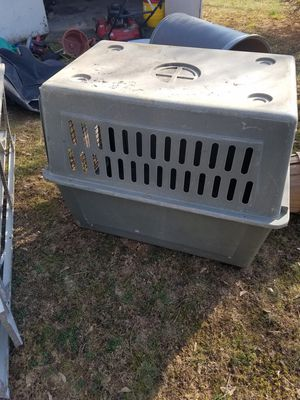 petmate dog house for Sale in Westminster, MD