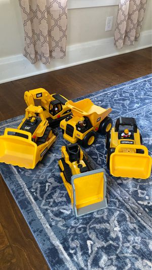 5 Caterpillar Toy Trucks! for Sale in Williamsville, NY