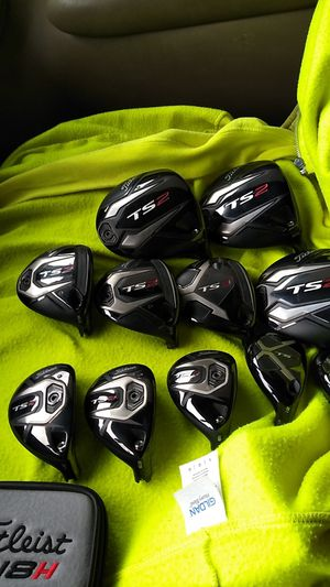 Titleist golf clubs for Sale in Northwest Plaza, MO