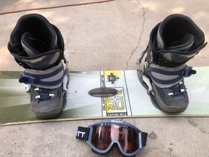 "Burton 59"" Snowboard, Scott Snowmobile Goggles, & Northwave Snowboard boots attached for Sale in La Habra, CA"