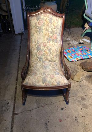 Vintage rocking chair for Sale in Irving, TX