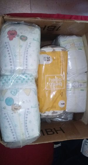 Pampers brand diapers newborn/size 1 for Sale in The Bronx, NY
