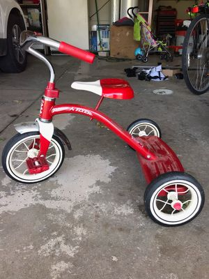 Radio Flyer Tricycle for Sale in Neenah, WI