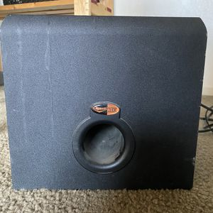 Klipsch Sound Subwoofer for Sale in Visalia, CA