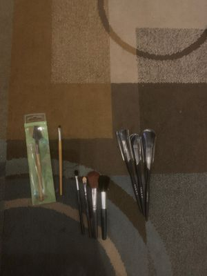 3 sets of makeup brushes for Sale in Everett, WA