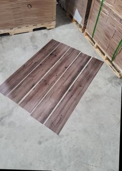 Luxury vinyl flooring!!! Only .88 cents a sq ft!! Liquidation close out! 22NIS for Sale in Burbank,  CA