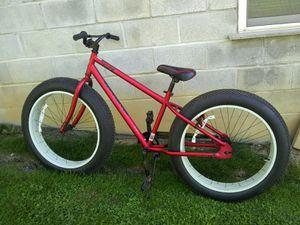 Mongoose Beast fat tire bike for Sale in Coburn, PA