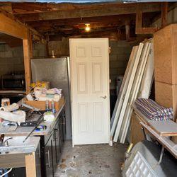 """2-28"""" Interior Doors , 2sets Bifold For 4' Opening, 32"""" Interior Door for Sale in Manson,  WA"""