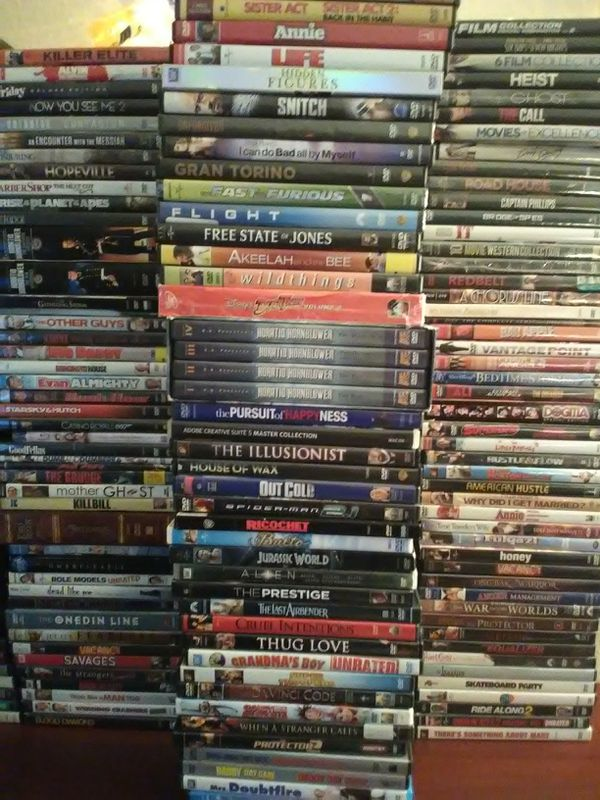 LOT OF 205 DVDS AND BLU-RAYS