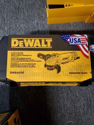 DeWalt DWE402K 4-1/2 Small Angle Grinder Kit for Sale in Burlington, NJ