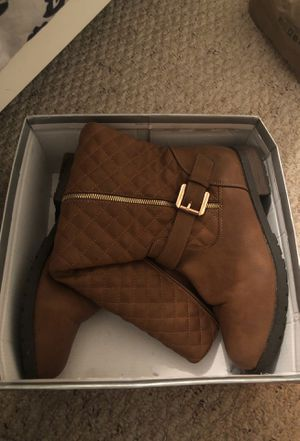 Kneee High Boots (shoes) for Sale in Kissimmee, FL