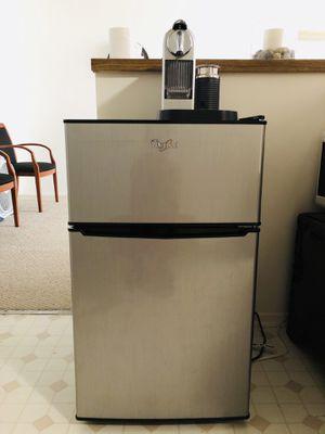 Fridge with big freezer $70 for Sale in Santa Monica, CA