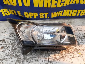 Chevrolet Cruze headlight 2011 2012 2013 2014 2015 for Sale in Wilmington, CA