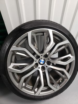 21 oem bmw wheels and tires x5 x6 for Sale in The Bronx, NY