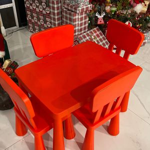 Toddler IKEA Table and Chairs for Sale in Hialeah, FL