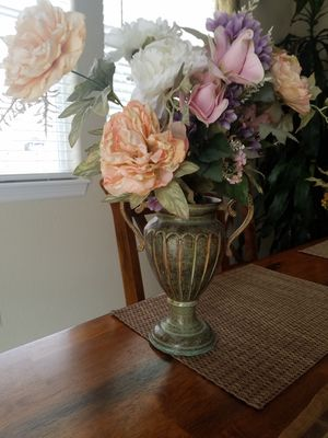 Metal vase with flowers for Sale in Colorado Springs, CO