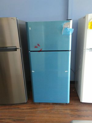 New 30 wide stainless perfect doors scratch and dent frigidare for Sale in Lodi, NJ