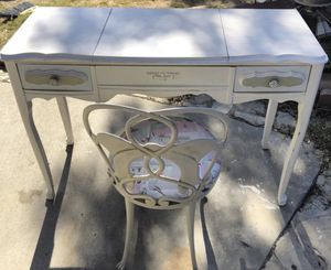 Antique French Provincial vanity / desk for Sale in Beverly Hills, CA