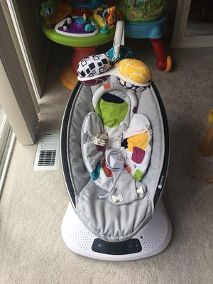 Mamaroo 4moms baby swing for Sale in Lynnwood, WA