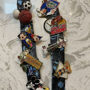 Disney Collector Pins for Sale in Darien, IL