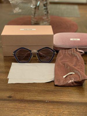 Miu Miu women's fashion sunglasses for Sale in Temple City, CA
