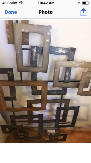 Metal wall decoration for Sale in Chicago, IL