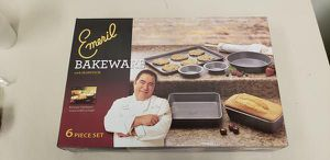 Emeril 6 piece Bakeware Set, Brand new in box for Sale in High Point, NC