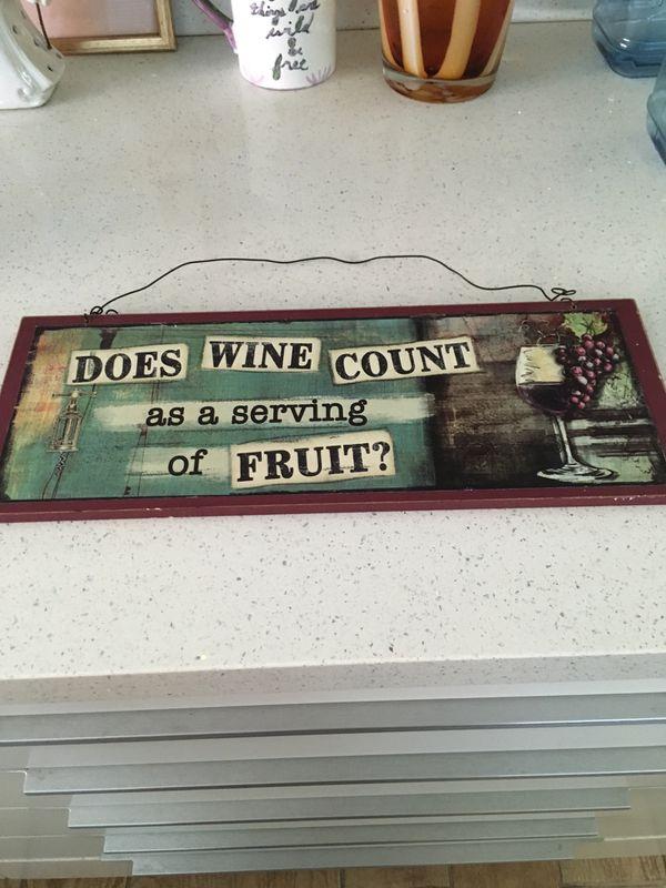 Kitchen wine decor $2 firm price