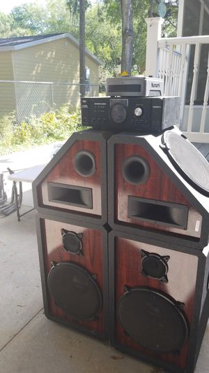 Sound system for Sale in Gibsonton, FL