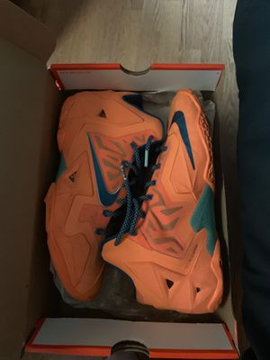 Lebron 11 Peach for Sale in Carteret, NJ