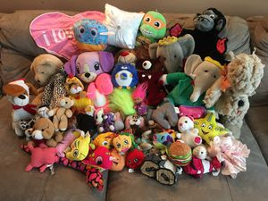HUGE LOT OF STUFFED ANIMALS!!!! BEARS TMNT GIRLS & BOYS WELL OVER 50! for Sale in Los Altos, CA