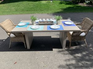 Brand New Kitchen/Dining Table for Sale in Aldie, VA
