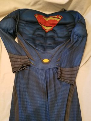 Men's Superman Suit & Cape *$40!* for Sale in Galloway, OH