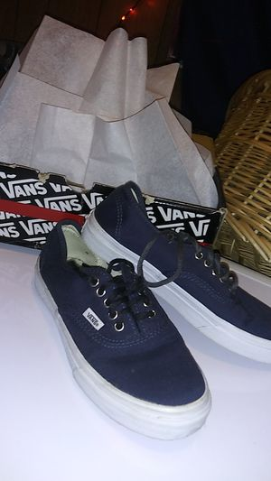Navy blue vans mens size 4.5 for Sale in Plant City, FL