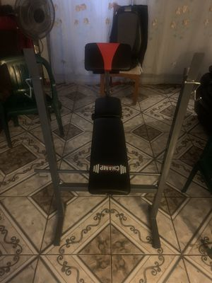 Weight bench and weights for Sale in Los Angeles, CA