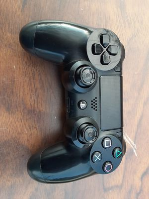 Sony PS4 wireless controller new condition with thumb grips removed for your protection for Sale in Washington, DC