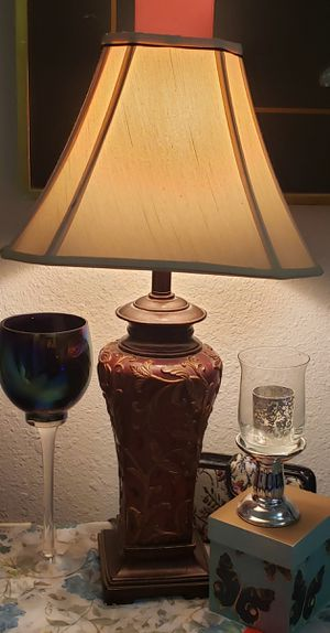 Table lamp for Sale in Joint Base Lewis-McChord, WA