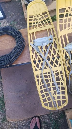 Snowshoes trappe of aspen for Sale in Prineville, OR
