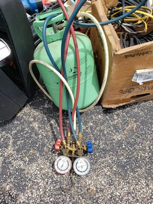 Freon with gauges and canister for Sale in Walton Hills, OH