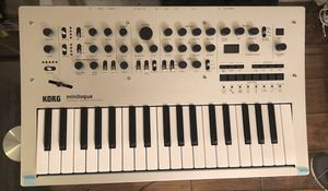 Korg minogue synthesizer scarlett solo interface with free amp and chord for Sale in Los Angeles, CA