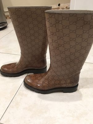 Authentic Gucci Rain Boots Size 6.5 for Sale in Fort Lauderdale, FL