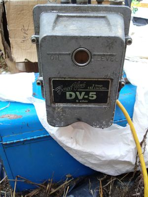 Fast vac Freon pump Dv-5 for Sale in Hyattsville, MD