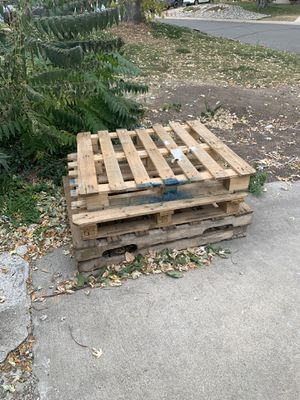 Free pallets for Sale in Lakewood, CO