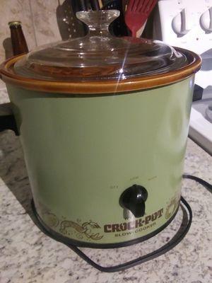 Rival 3.5 qt crock pot for Sale in Buckeye, AZ