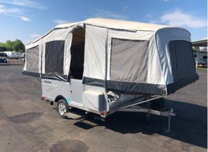 Quicksilver 8.0 Pop up camper for Sale in Spring Valley, CA