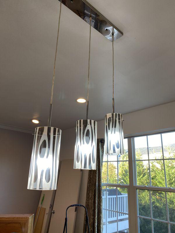 3 Bulb Pendant Island Light in Chrome