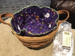 Longaberger Button Basket with Spider Web Halloween Party Liner for Sale in Neosho, MO