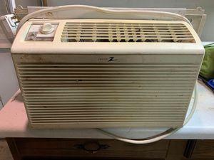 ZENITH WINDOW AIR COND. BTU 5150 for Sale in Lisle, IL