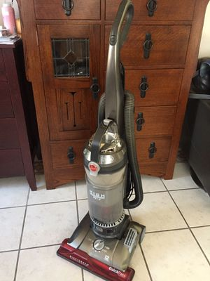 Hoover Wind Tunnel 2 vacuum for Sale in Chula Vista, CA